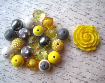 Yellow and Gray Chunky Necklace Kit, Yellow Gumball Bead Kit, Bubblegum Necklace Kit, DIY Necklaces, Fun Kids Project