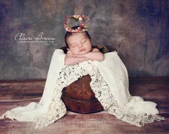 Wire crown, birthday crown, 1st birthday crown, mini flower baby crown, photo prop,