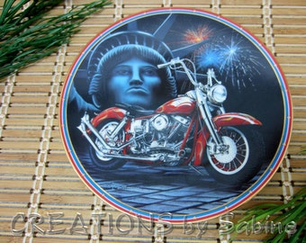 Harley-Davidson Easyriders Plate Symbols of freedom Marc Lacourciere 1995 Hamilton Collection Motorcycle Rider Vintage FREE SHIPPING (312)