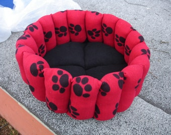 Cat bed, dog bed, pet bed, 16 inch bed, deep bed, round bed, paw print bed, kitty bed, kitten bed, puppy bed, machine washable, dryer safe,
