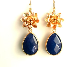 Navy Earrings, Daisey Flower Gold Drop, Dangle, Earrings,bridesmaid gifts,Wedding jewelry,christmas gift, cocktail jewelry