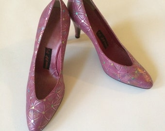 Vintage 1980s Hand Painted Heels Made in Iran