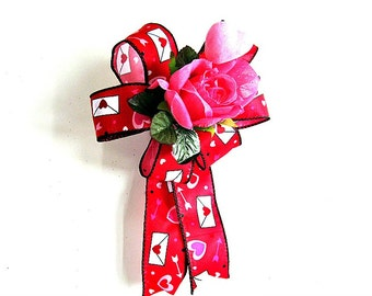 Large Valentine's day gift bow/ Gift wrap bow/ Red and pink Valentine bow/ Bow for Valentine gifts/ Bow for Holiday decoration (V49)