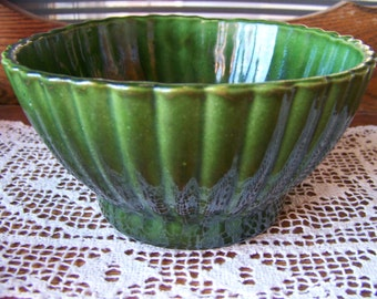 Vintage Upco USA Pottery. Upco Candy Dish. Vintage Decorative Bowl. Vintage Planter. Vintage Pottery. Green Candy Dish. Green Planter.