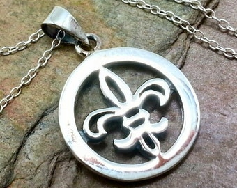 Fleur de Lis Circle Necklace - 925 Sterling Silver - French Charm Jewelry NEW