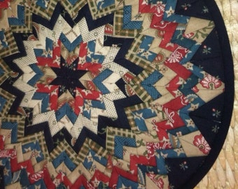 Circular Pleated Star Table Topper, star, round, black, red, green, white, multiple layers, handmade, 13 inches, Material Things, topper