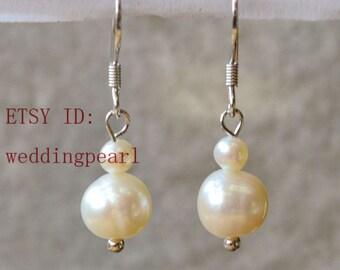 wedding earrings, dangle pearl earrings, freshwater pearl earrings,wedding jewelry, bridesmaid earing, real pearl earings, bride earring