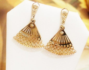 Vintage Gold Fan Earrings, Gold Clip Earrings,