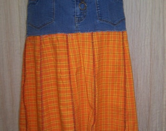 Hag Rags....Upcycled denim Hippie/Cowgirl skirt.....Size 8.....