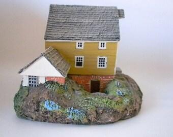 Higgins Grist Mill, Mini House, 1991 Original packaging, Collectors Item