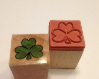 small shamrock rubber stamps, 16 mm (SB3)