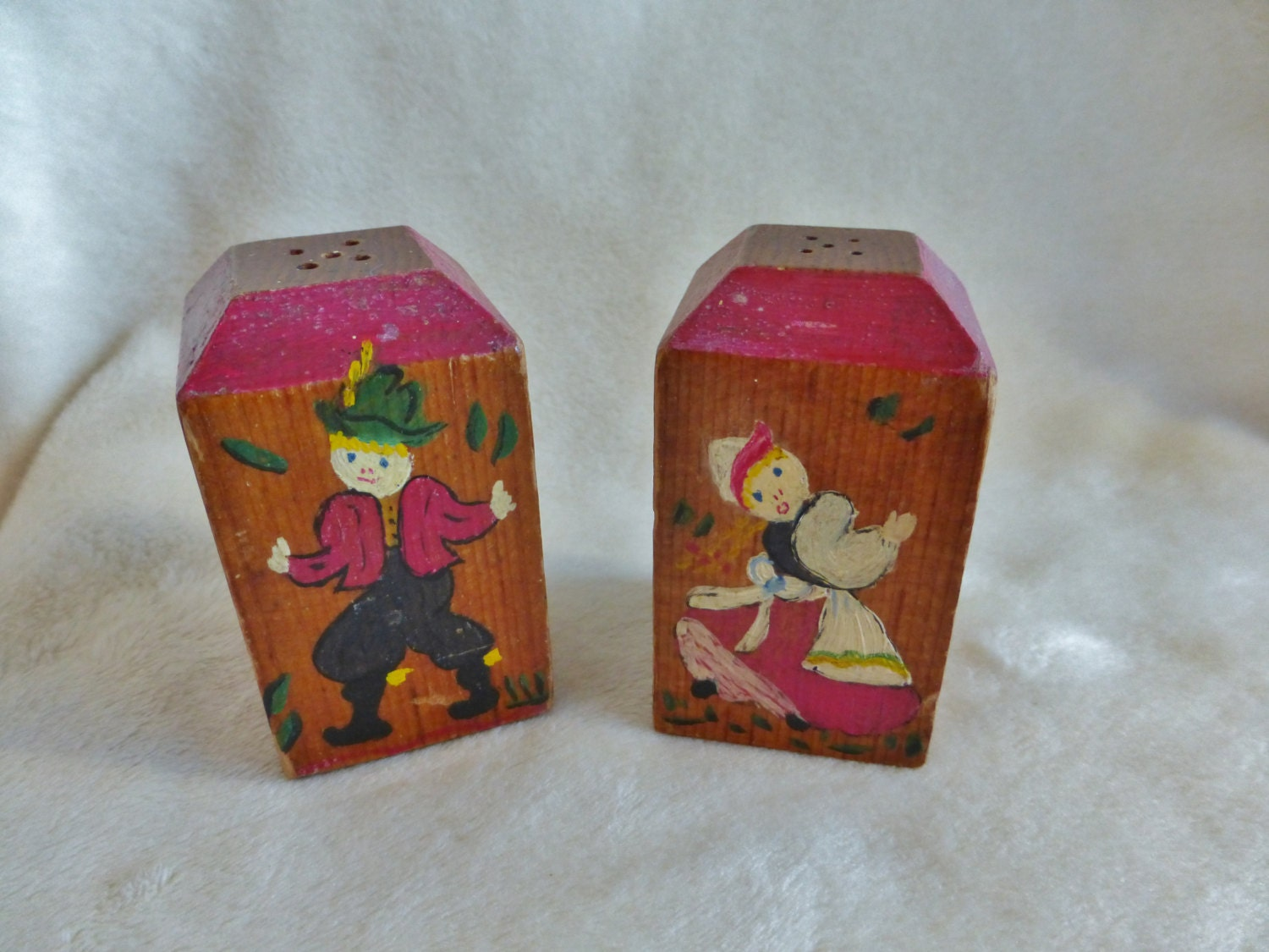 Vintage Salt And Pepper Containers With Primitive Paintings Of