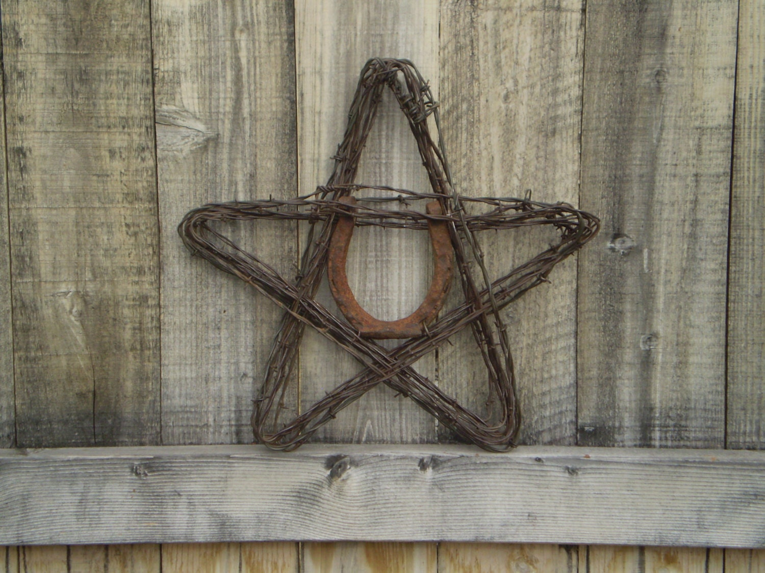Barbed wire star lucky horseshoe rustic home decor