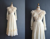 Finella / 70s wedding dress / 1970s wedding dress