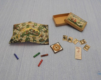 Gaël Miniature Vintage  The game of goose Dollhouse Miniature child game Accessory