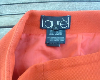 LAUREL wool skirt  never been ware size 38 made in France free shipping