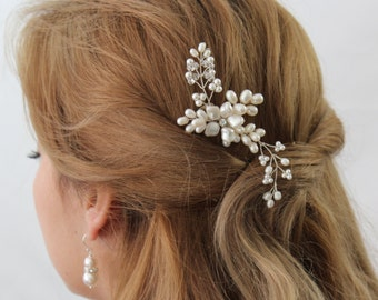 AVA Hair Comb, Pearl Bridal Hair Comb, Bridal hairpiece, Wedding hair accessories, Bridal Headpieces, Bridal hair Accessories
