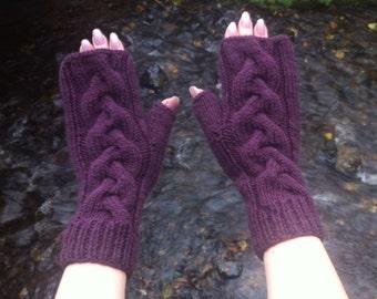 Purple plum colour, fingerless mittens, cable knit, wrist warmers, size medium