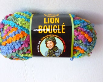 Yarn Sale  - Parfaiti Lion Boucle by Lion brand Yarn