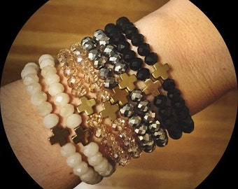 Mini cross bracelet