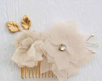 Ivory floral hair comb, chiffon bridal hair comb, flower comb, girls hairpiece, bridal headpiece, bridal hair comb