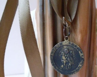 Vintage St Anthony Patron St of Things Lost Then Found Religious Prayer Ribbon  Beaconhillcollect   We Ship Internationally