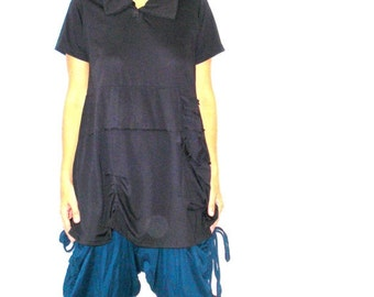 25% OFF CLEARANCE SALE Collared Asymetrical Short Sleeved Tunic Top In Black