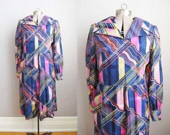 1960s Dress Purple Blue Crazy Print Dress Long Sleeve Wide Collar / Large XL