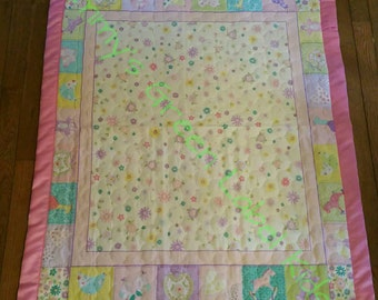 Baby girl floral crib quilt