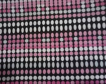 1 yard of Broadway dots fabric