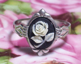 Small Black Cameo Adjustable Ring with Cream Flower Design, Vintage/Victorian Style