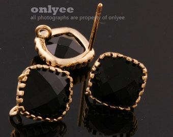 2pcs/1 pair-9mmX9mmGold plated faceted Square glass post earrings-Black(M354G-A)