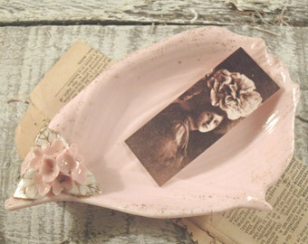 Vintage Chippy Dish / Pink Dish / Cottage Chic Soap Dish / Business Card Holder / Lefton China