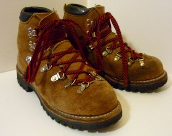 Vintage Women's Dexter Hiking Boots Mountaineer Leather Hiking Boots Size 5 Made in USA offers considered