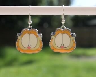 Garfield the Cat earrings.
