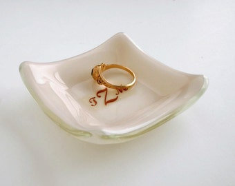 Personalized Ring Dish - Monogram Ring Dish - Wedding Gift for Couple