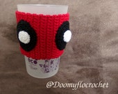 coffee or bottle cozy crocheted decoration Deadpool style