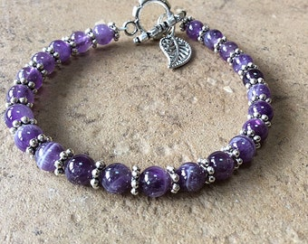 Amethyst beaded bracelet, purple bracelet, leaf charm, purple gemstone beads, February birthstone, Lupus, Fibromyalgia Awareness