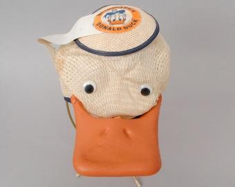 SALE! Vintage Walt Disney World Donald Duck Souvenir Hat