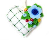 """Valentine's Day Ornament """"Romantic Heart"""" made out of felt . Decorated with beads. Heart cushion"""
