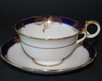 Reid & Co (Roslyn) Bone China Teacup and Saucer Set  1913 - 46