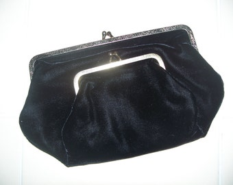 FREE U.S. SHIPPING--Black Velvet Double Clasp Clutch