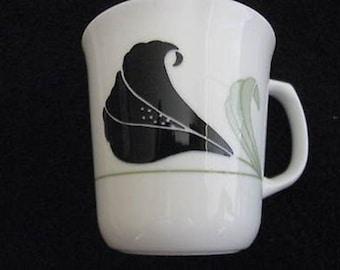 Corelle Black Orchid Mug Corning  CL11-35