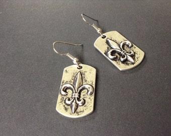 Silver fleur de lis pendant earrings