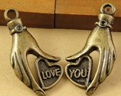 6 sets 16*31MM Heart and Hands Charms Antique Bronze Alloy Pendants Jewelry Findings charm