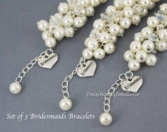 Set of 3 Ivory Cluster Bracelet, Ivory Pearl Bracelet, Ivory Bracelet, Bridesmaid Bracelet, Bridesmaid Gift, Ivory Chunky
