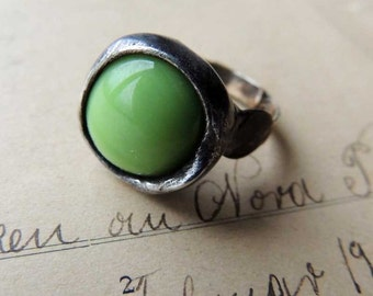 statement ring, green pea, ring, green ring, sale, mariaela, spring ring
