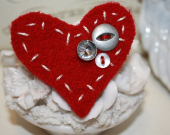 Red Felted Wool Heart Valentine Pin or Brooch hand stitched with Vintage Buttons