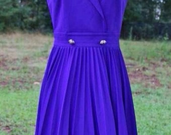 Vintage 1960's Purple Pleats Dress Size Small/Medium