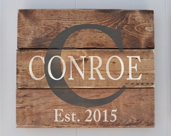 Personalized Family Name sign, Custom Rustic Wood Sign, Anniversary Gift,  Last Name Sign, Wedding Gift, Bridal Shower Gift